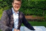 Greg Clark MP drawing the summer raffle